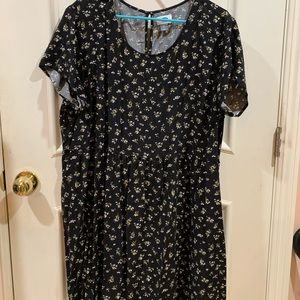 Black floral sleeve dress from Old Navy
